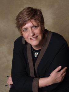 Scientifique chevronnée à l'Institut de recherche Rotman de Baycrest et professeure au Département des sciences de la nutrition de l'Université de Toronto. La docteure Carol Greenwood dirige l'équipe s'intéressant à l'alimentation, à l'exercice et au mode de vie dans la prévention de la maladie d'Alzheimer au sein du Consortium canadien en neurodégénérescence associée au vieillissement.